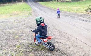 Razor MX350 Dirt Rocket Kids Electric Toy Motorcycle